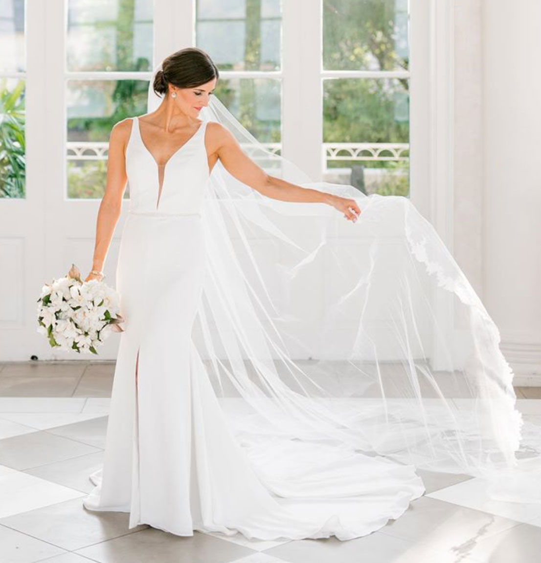Photo of Linen Jolie Real Bride